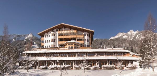 Naturhotel LechLife Winteransicht