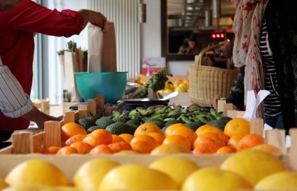 Obst- und Gemüsetheke ©tinemine flickr.com