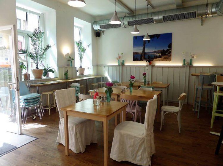 Restaurant (c) Uli's Veganeria