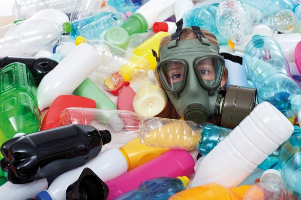 Wider die Plastikflut. Bild: Arpad Nagy-Bagoly