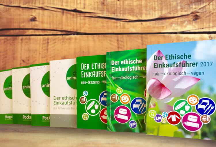 7 Jahre animal.fair-Arbeit in einem Bild: Der Ethische Einkaufsführer von der ersten bis zur 7ten Auflage
