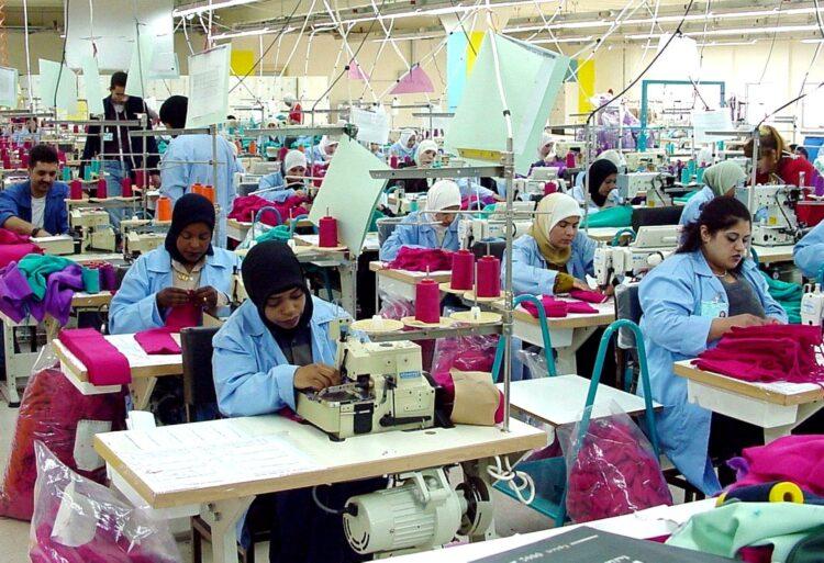 Textilfabrik Arbeiterinnen Modebranche