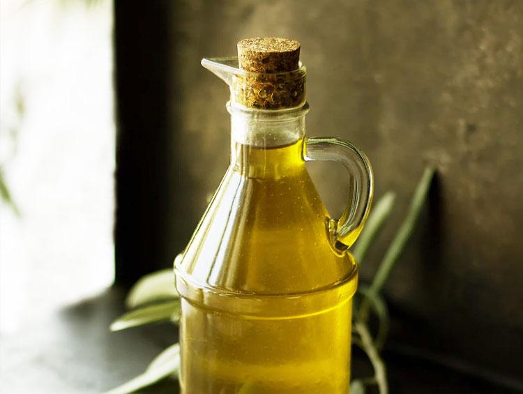 Eine Flasche Öl